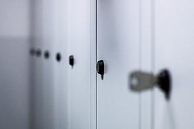 University Lockers - grey-lockers-with-keys